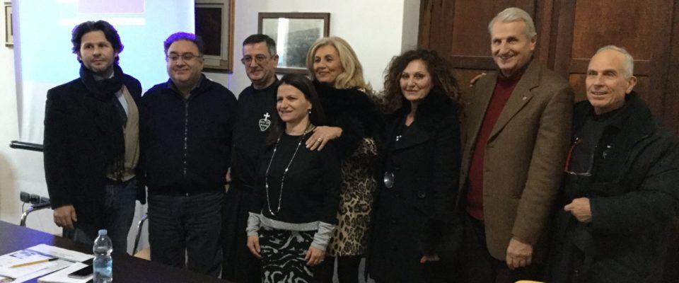 anna-ciardullo-villapiana-presentazione-al-di-la-del-mare-dipignano-cosenza-2018